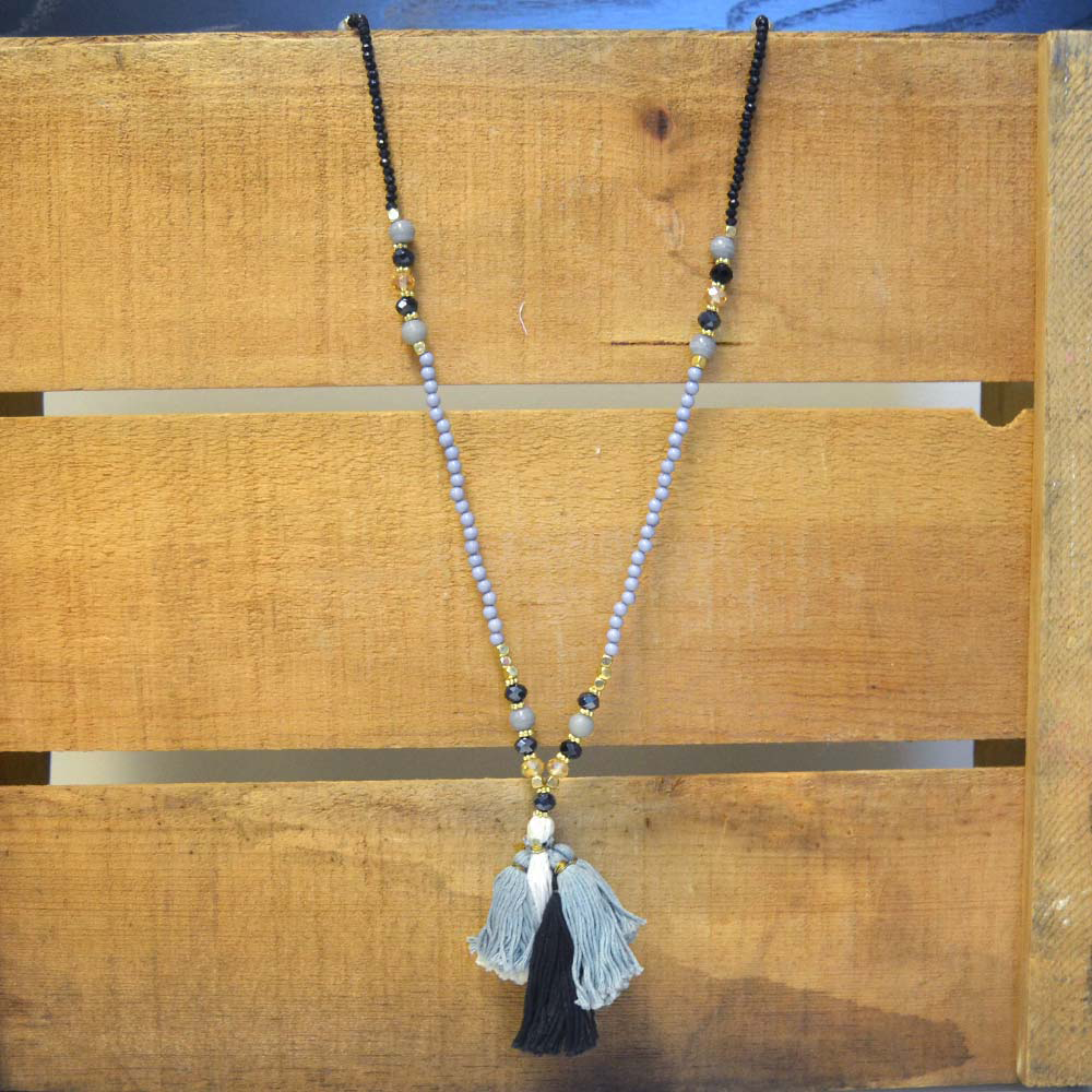 simply chic beaded necklace with gray/white/black tassel