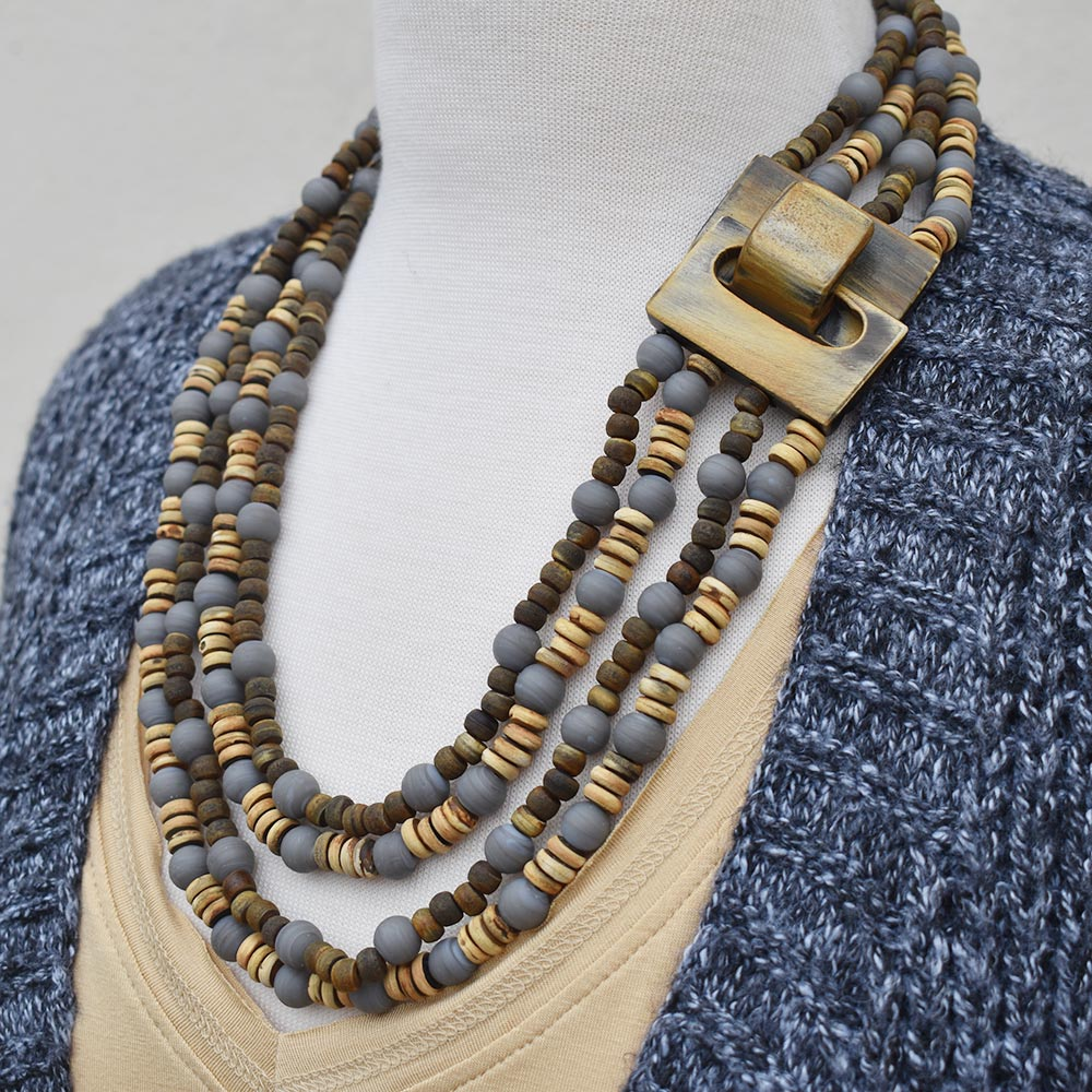 triple gray strand with claw clasp necklace