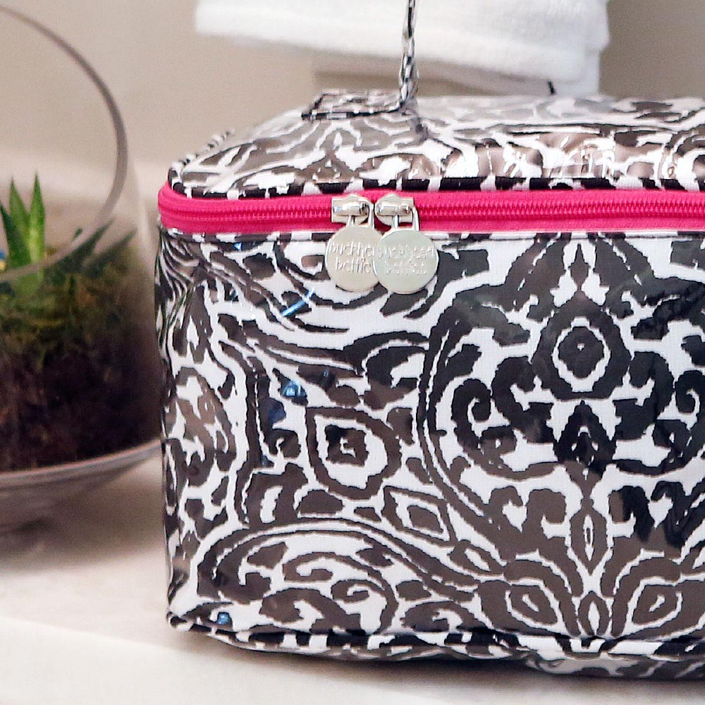 point blank black train case w/pink trim