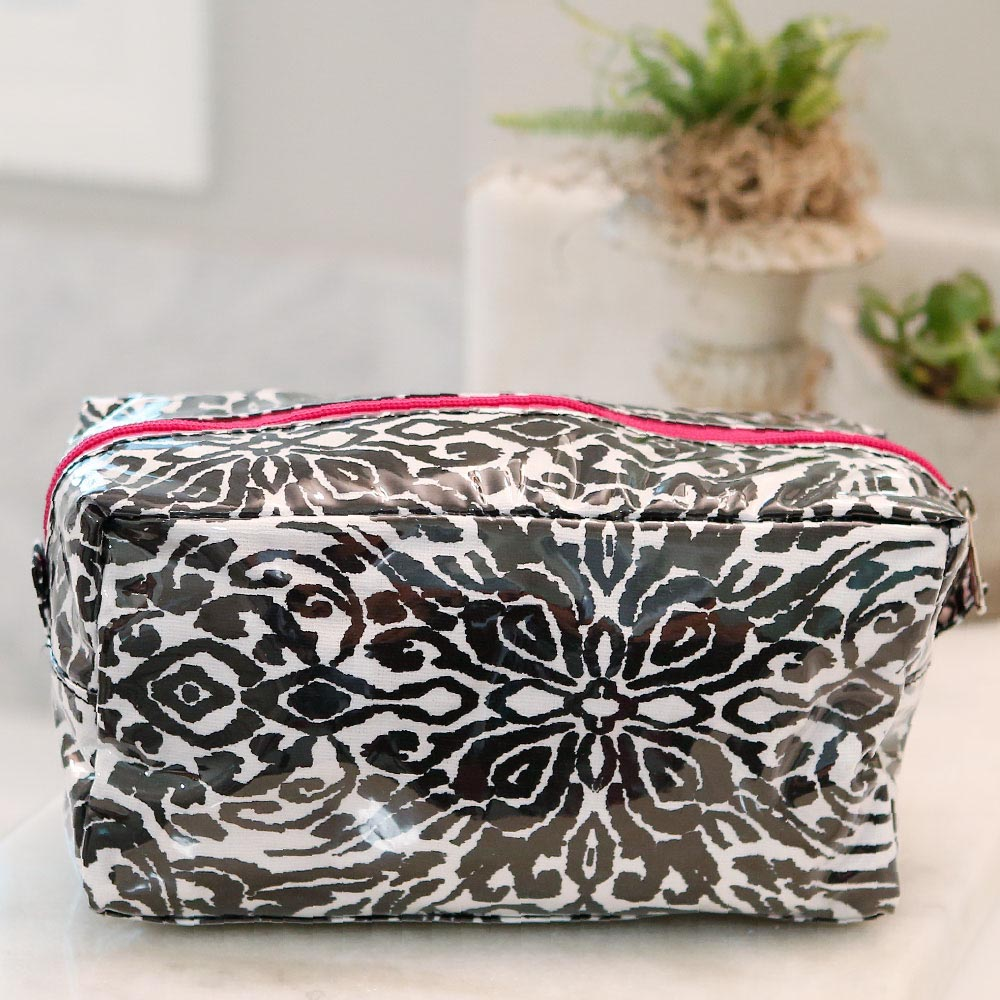 point blank black cosmetic zipper bag w/pink tri