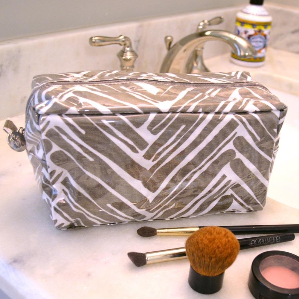 twill do mochachino cosmetic zipper bag