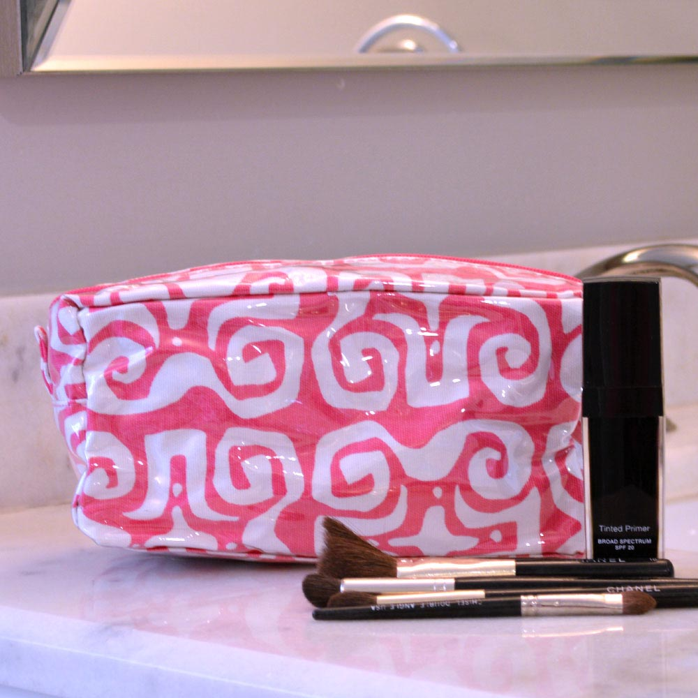 don't fret pink cosmetic zipper bag