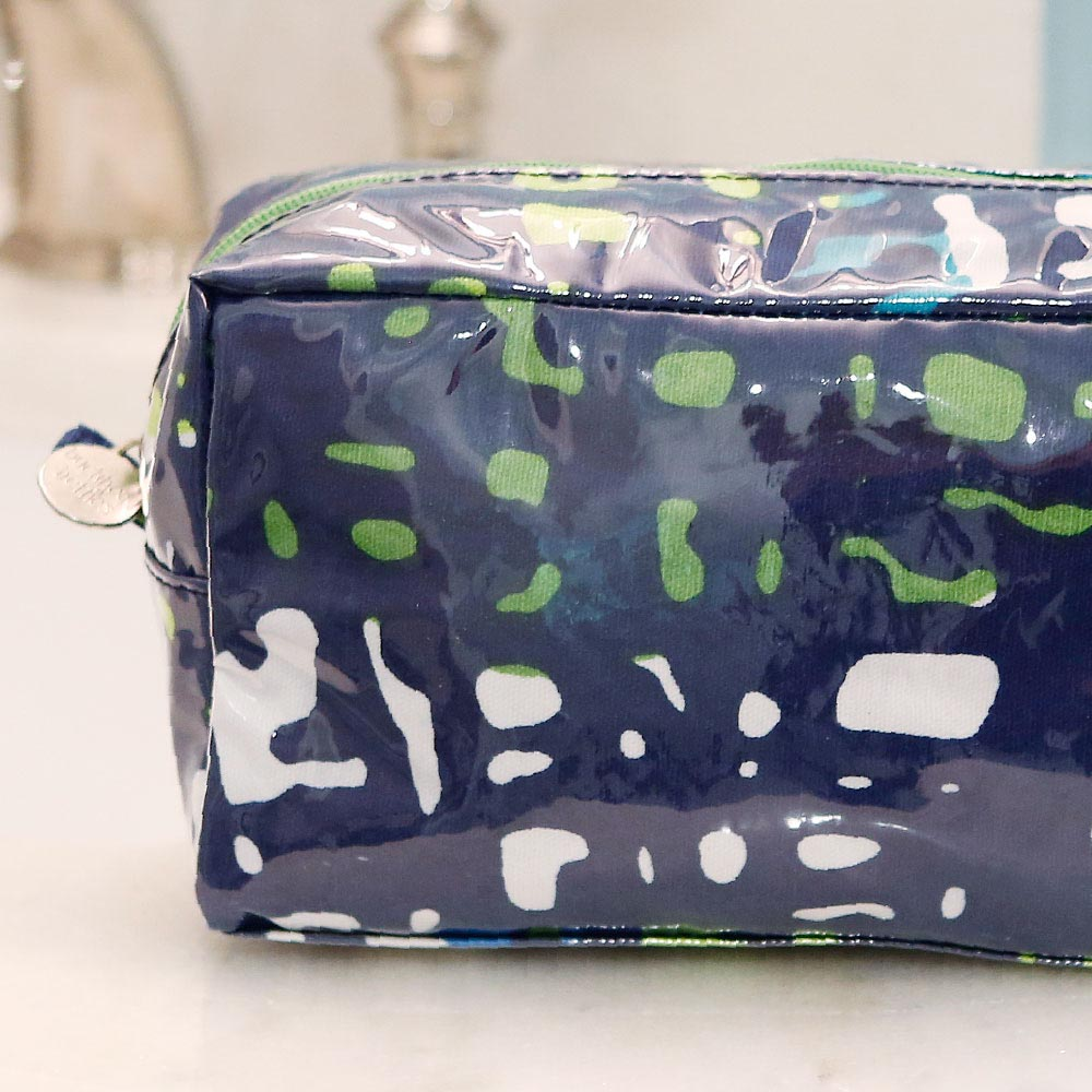 under wraps cosmetic zipper bag