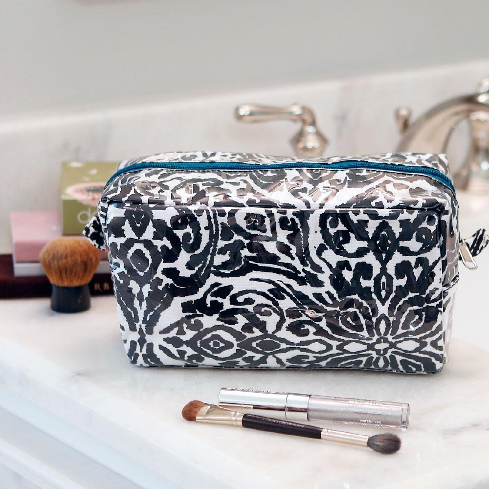 point blank black cosmetic zipper bag w/teal tri