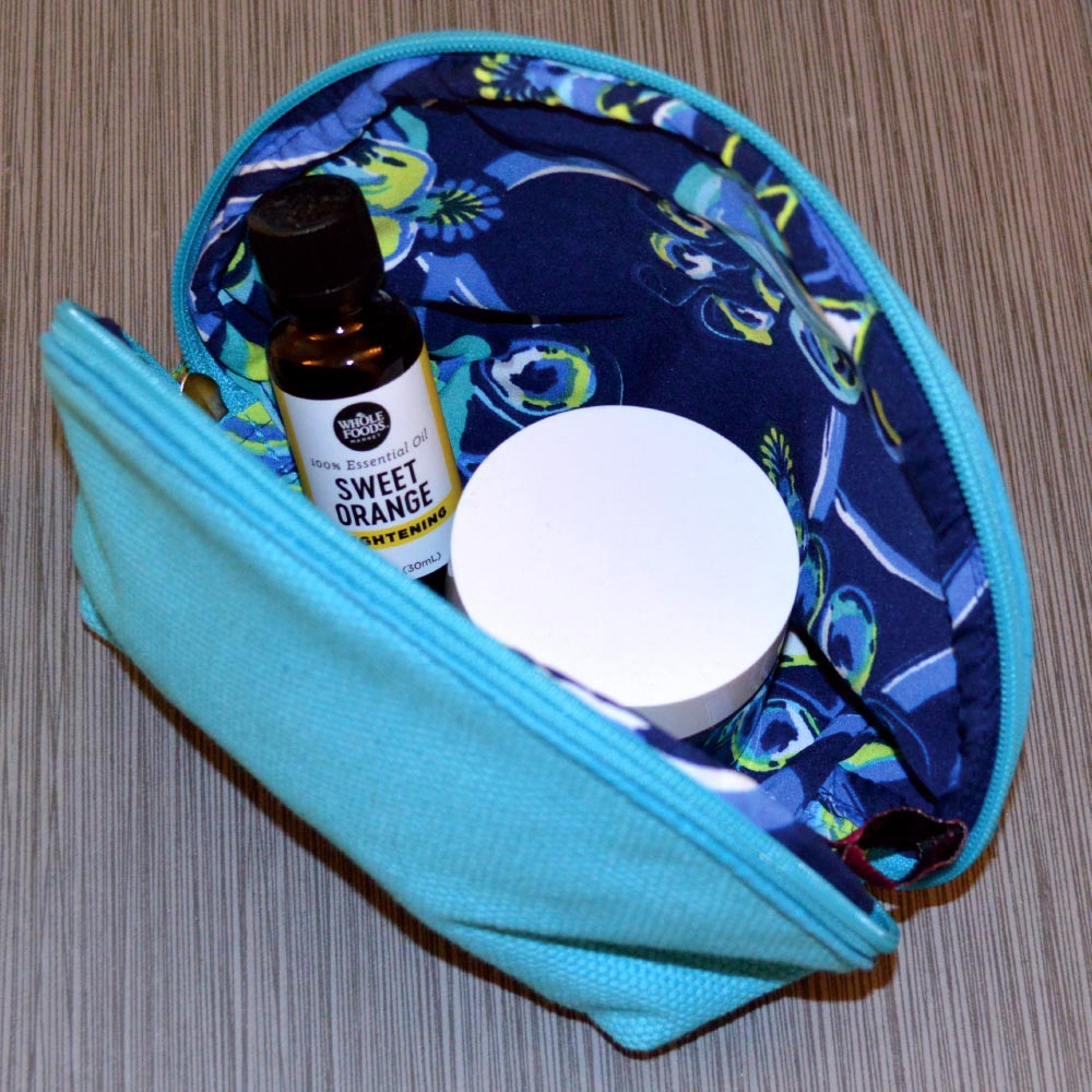 durry cosmetic pouch blue