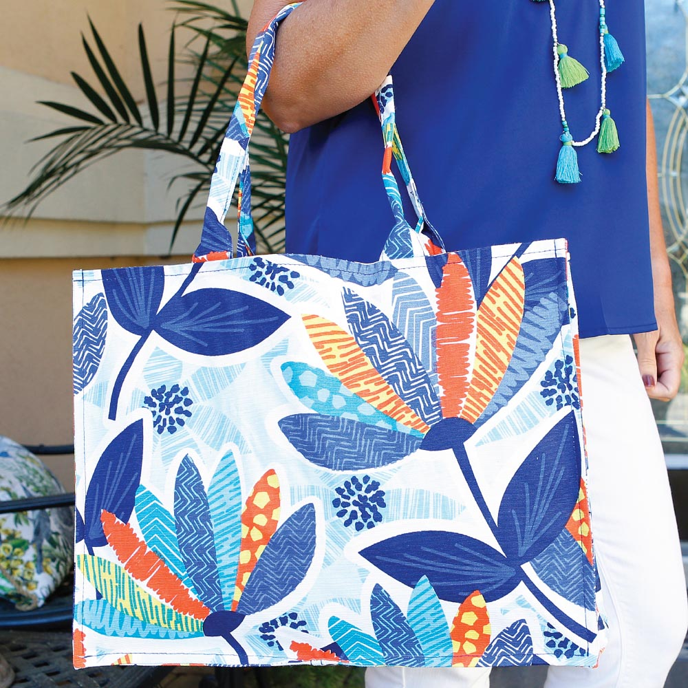 lei'd back canvas tote