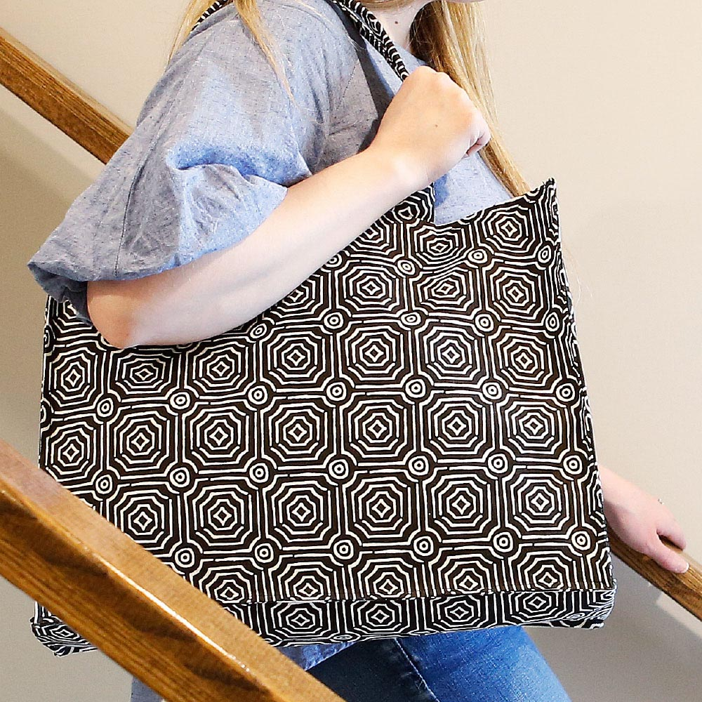 echo black canvas tote