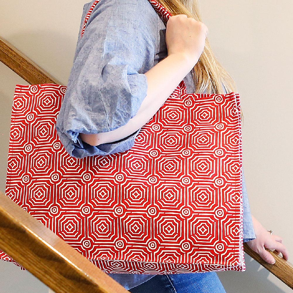 echo red canvas tote