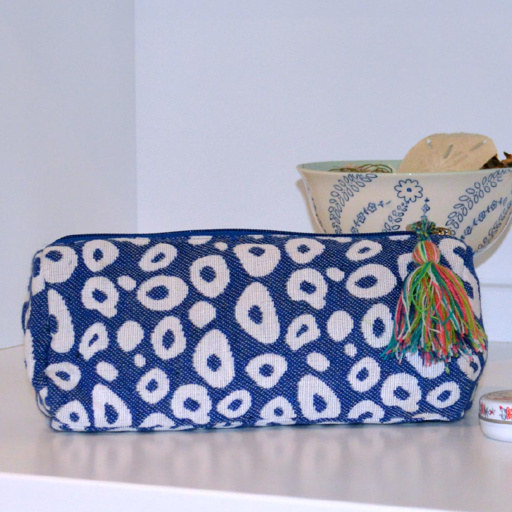 durry blue spots long cosmetic bag