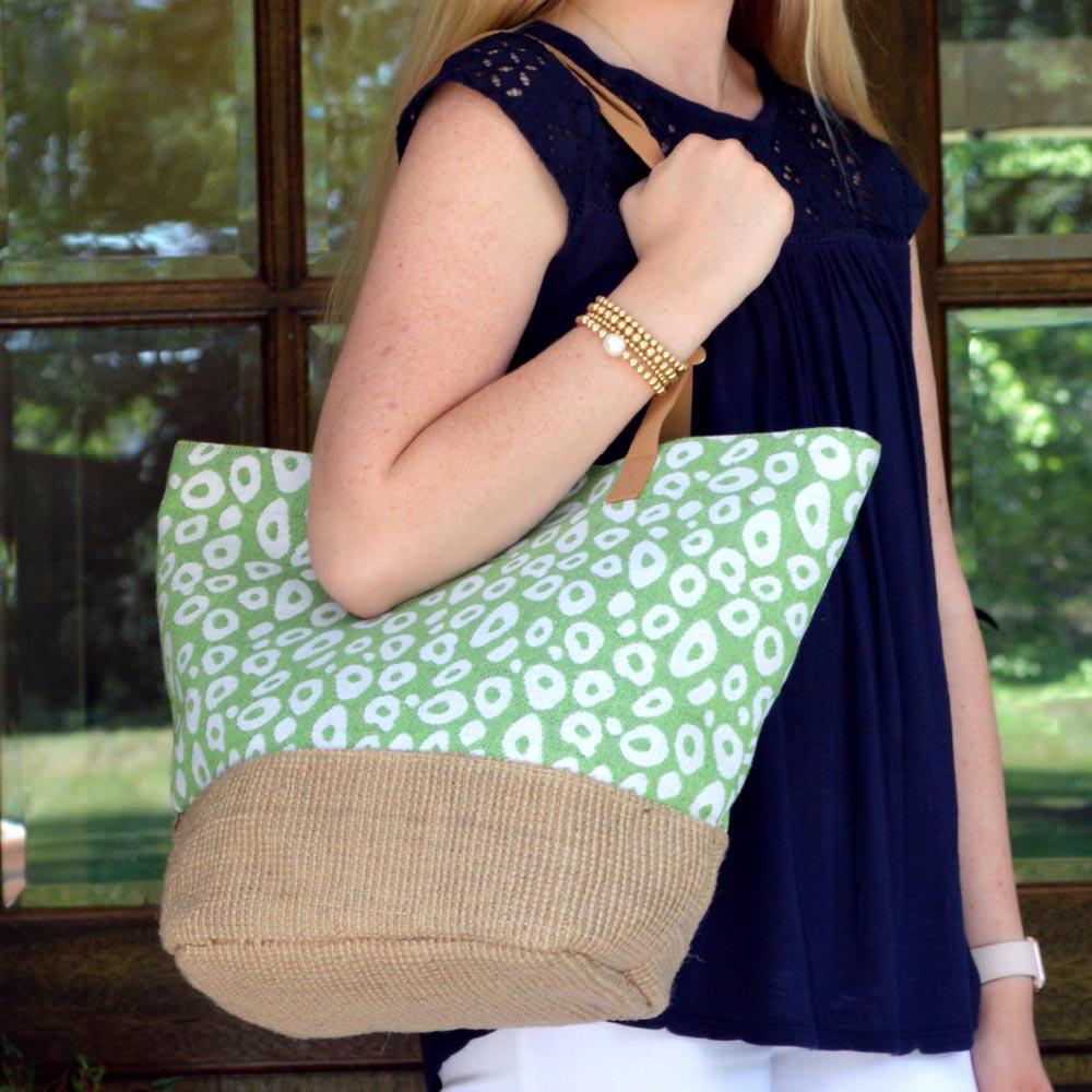 durry green spots snap tote