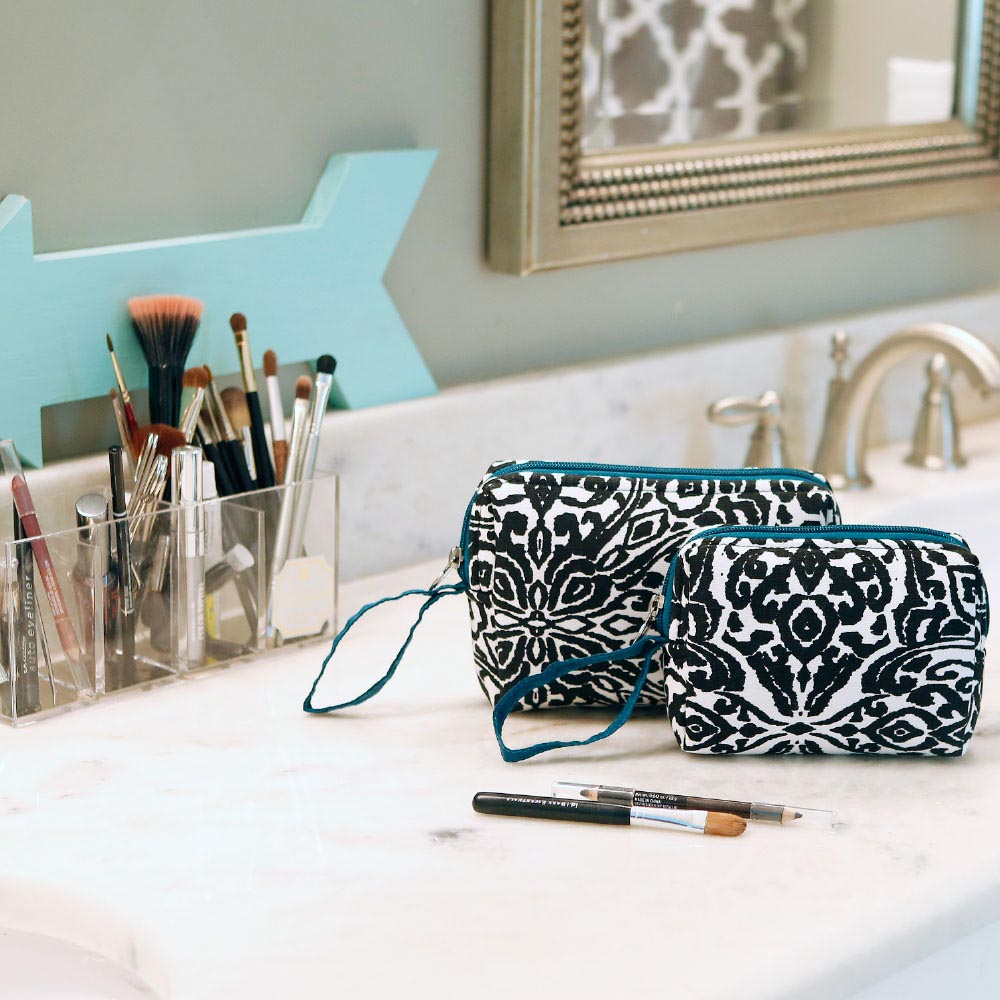 point blank black 2pc EVA cosmetic set w/teal