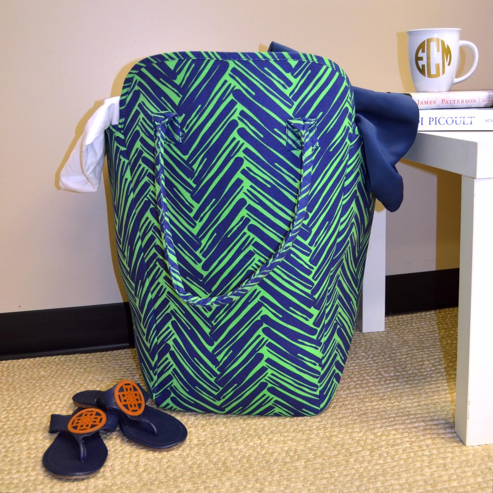 twill do navy and green beach and laundry EVA tote
