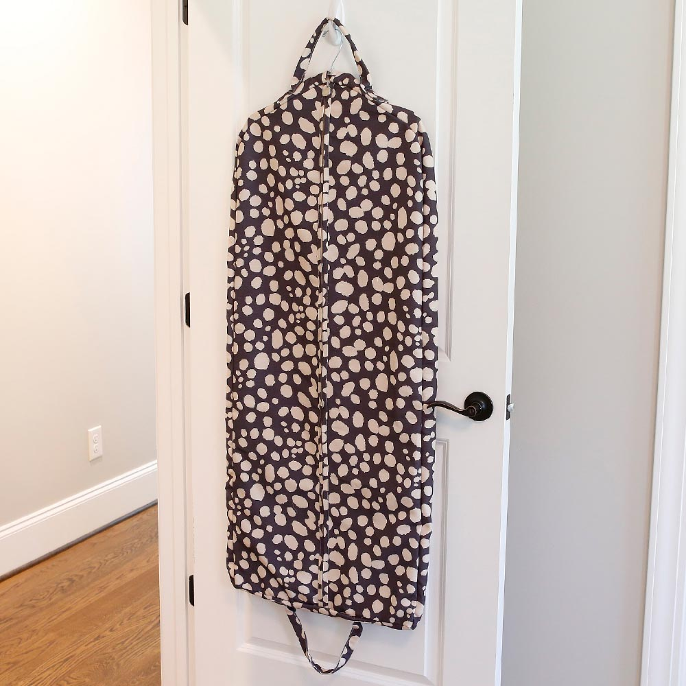spot on full length garment bag