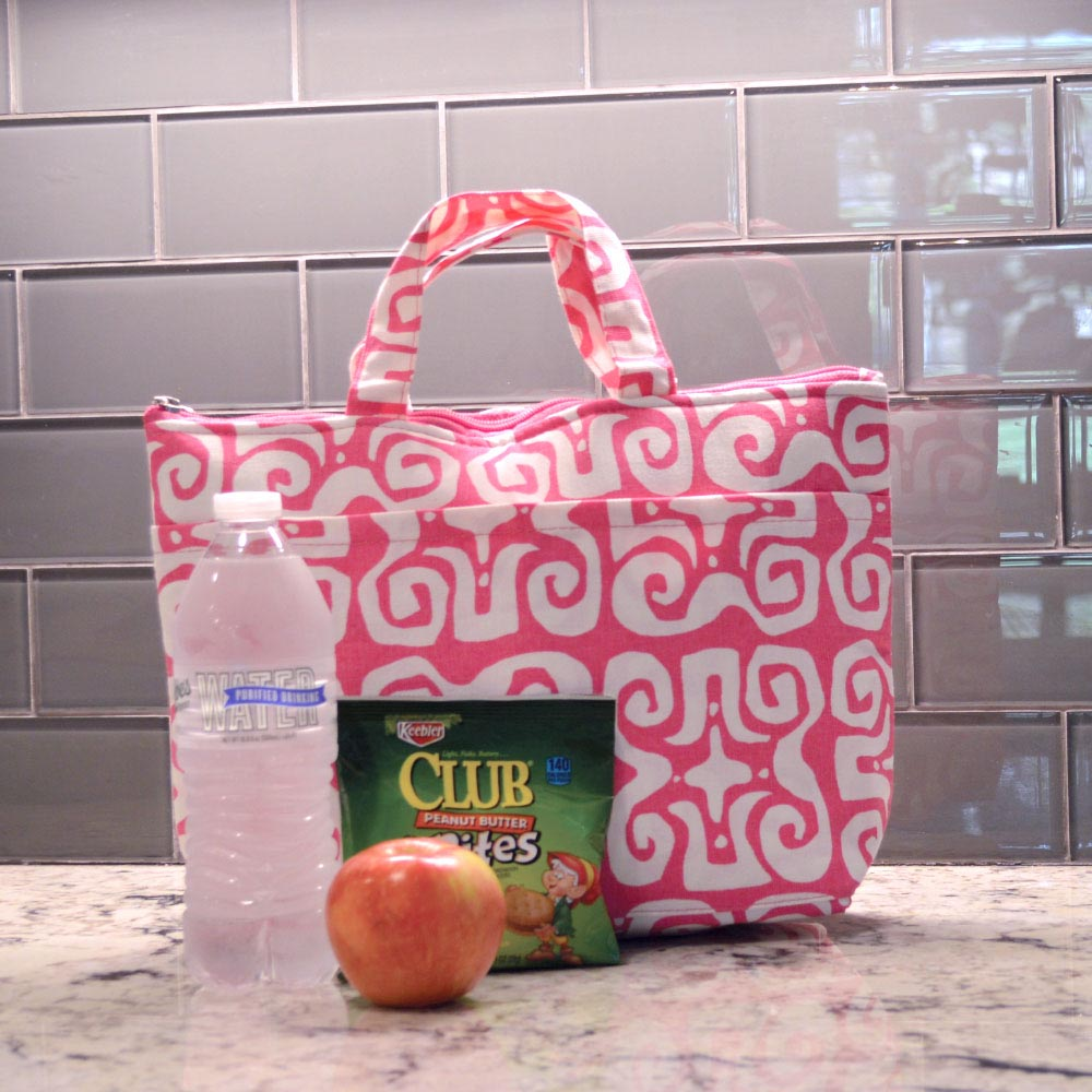don't fret pink lunch tote