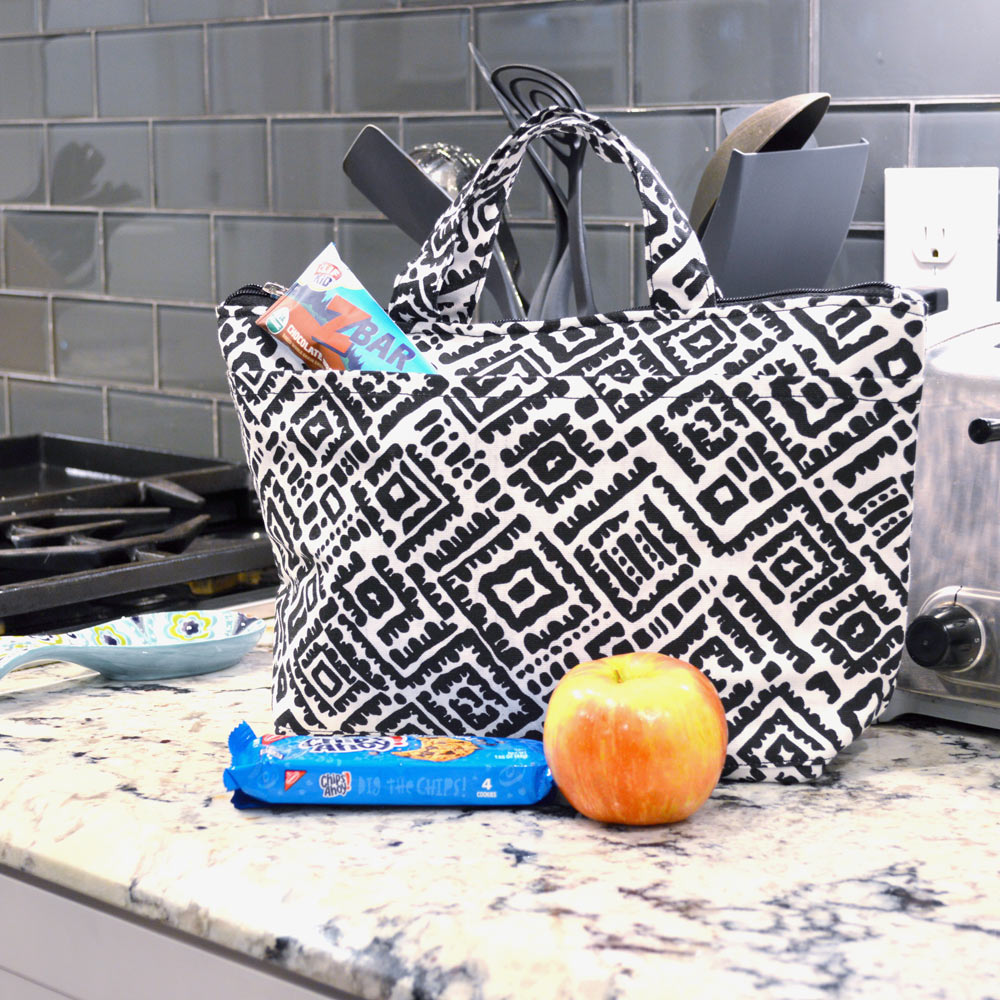 alma black and white lunch tote