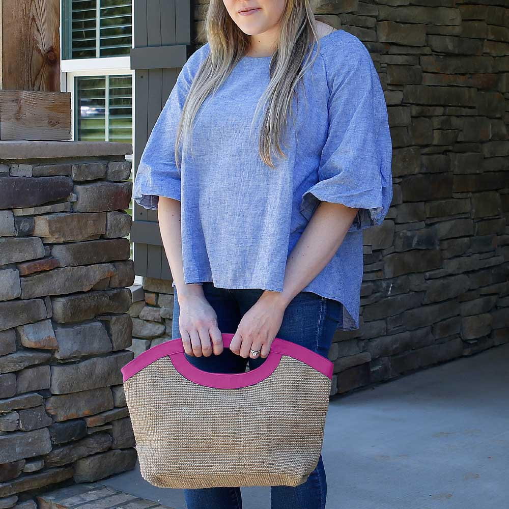 charleston mclaine clutch w/pink trim