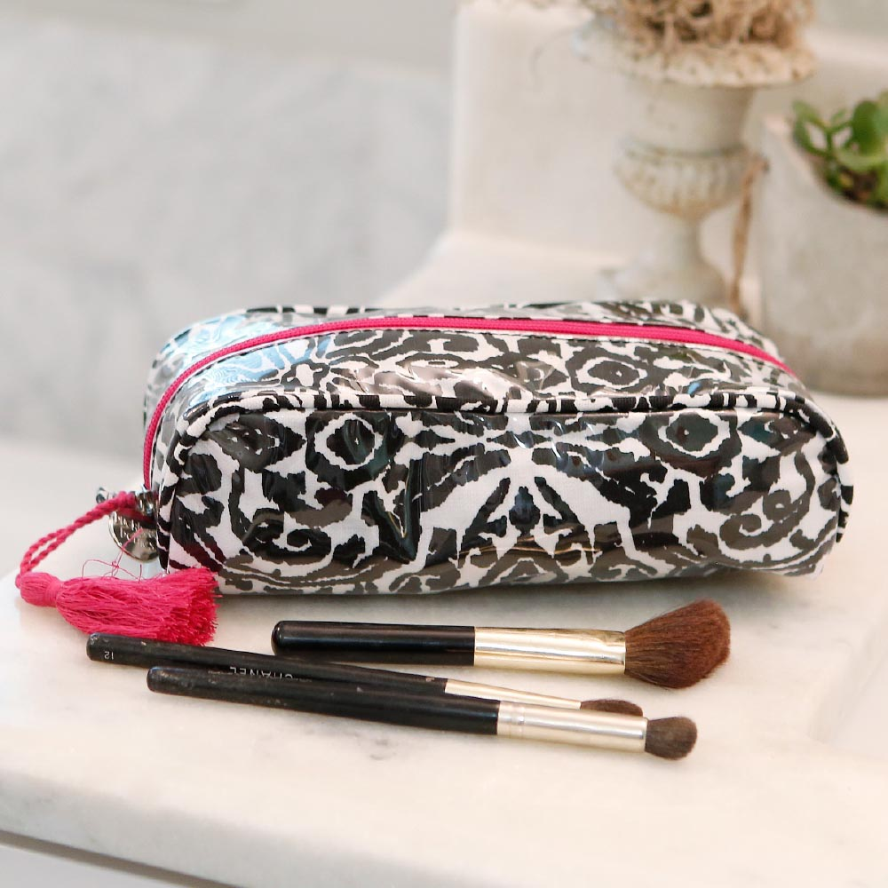 point blank black pencil and brush pouch pink trim w/tassle