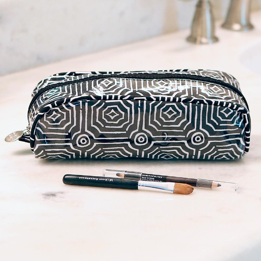 echo black pencil and brush pouch