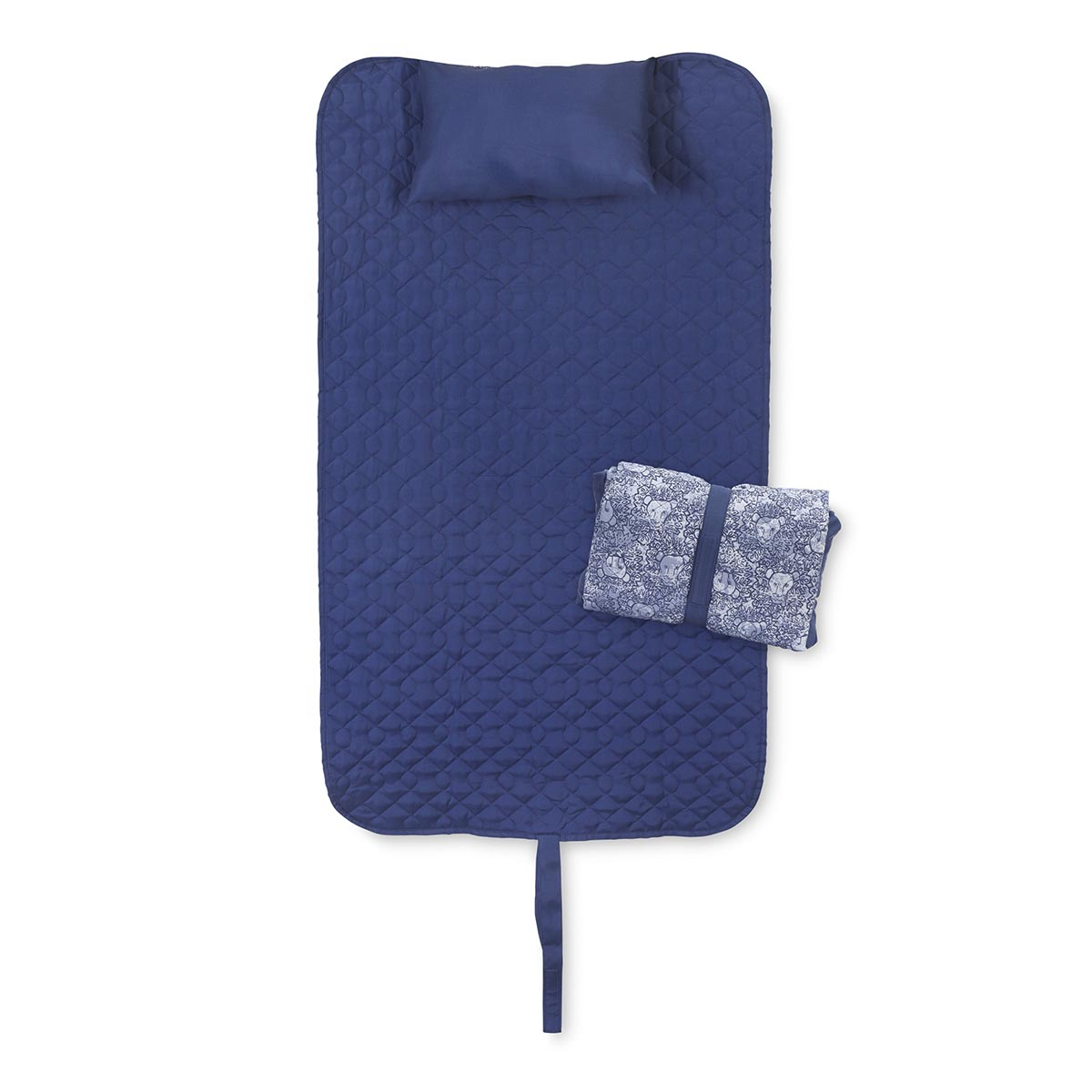 lion around blue quilted napmat