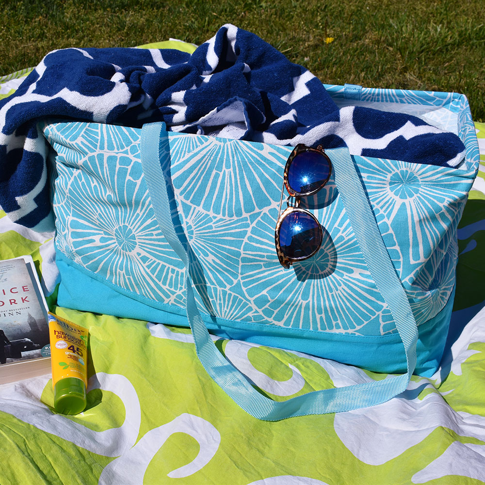 full circle turquoise rectangle storage tote