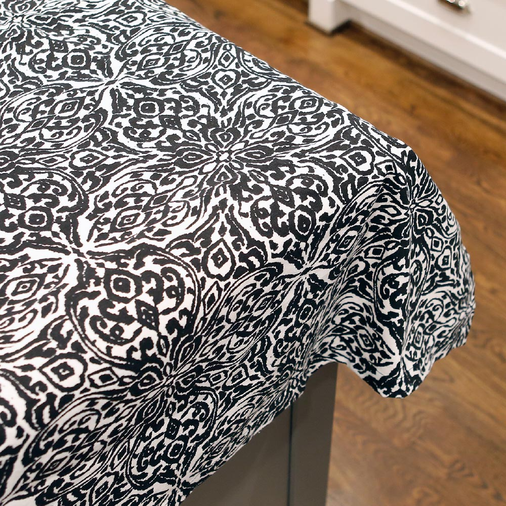 point blank black tablecloth