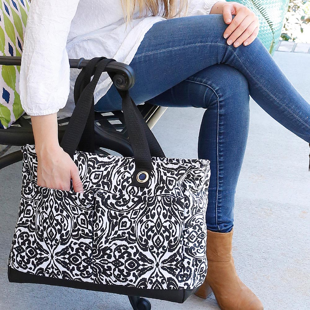 point blank black toss up tote