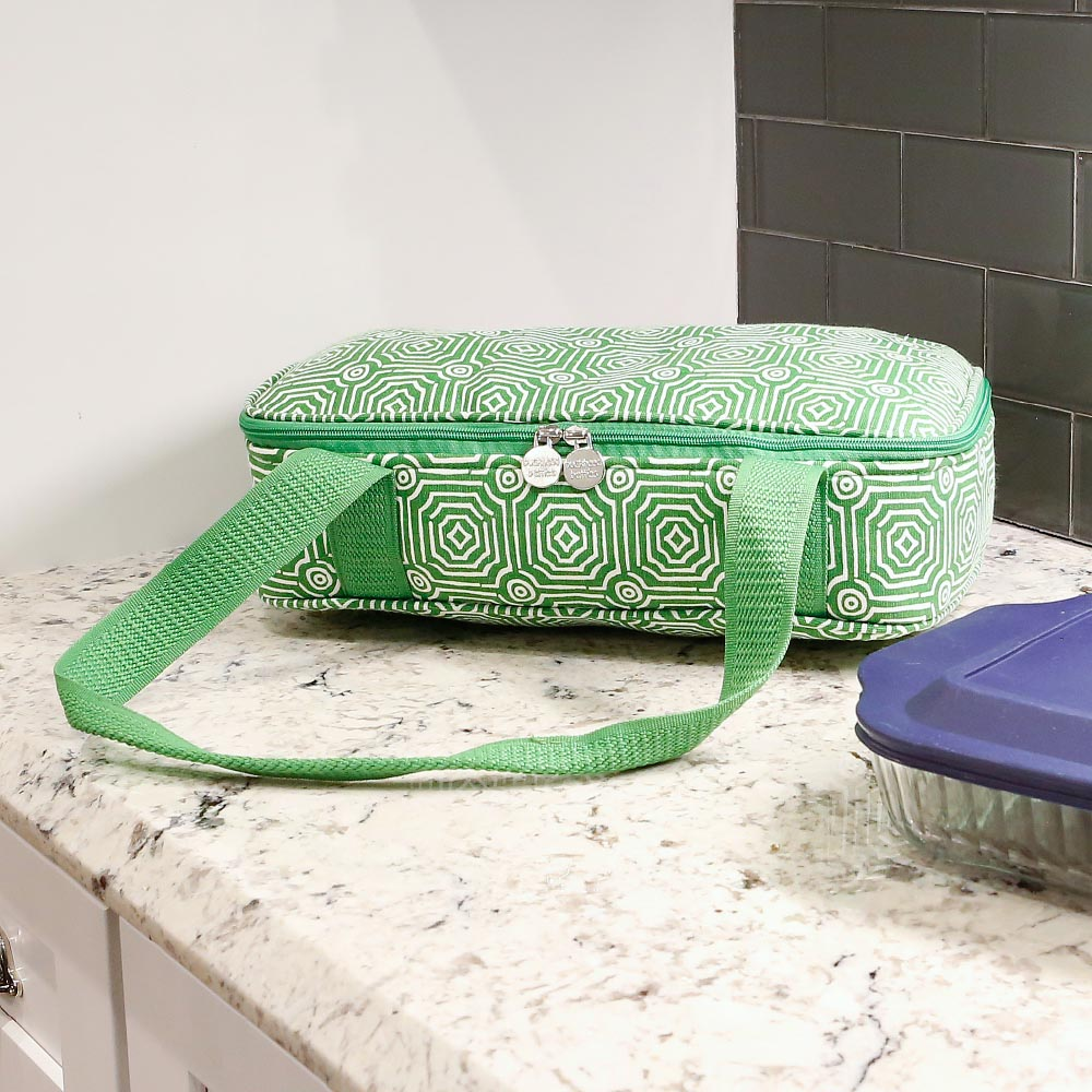 echo green casserole carrier