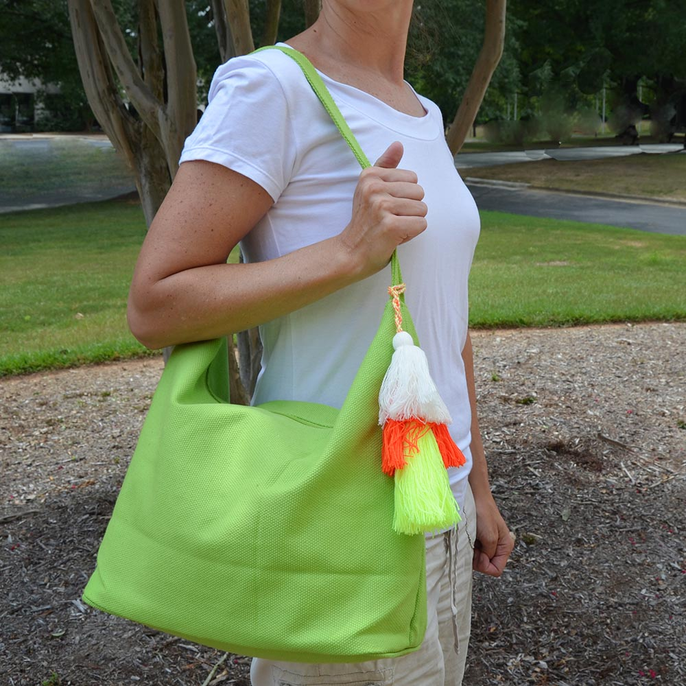 solid green durry tote w/tassle