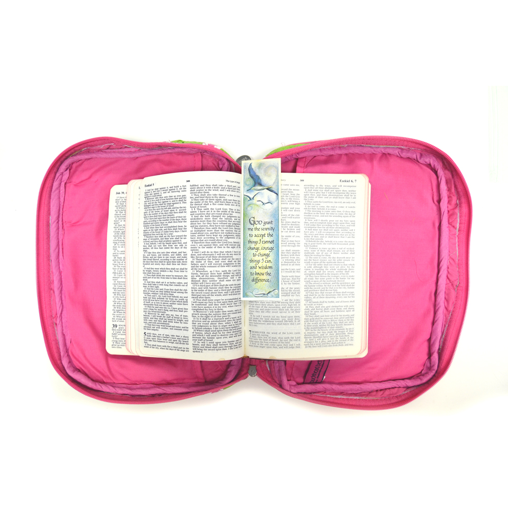 harbor bae green/pink quilted bible cover