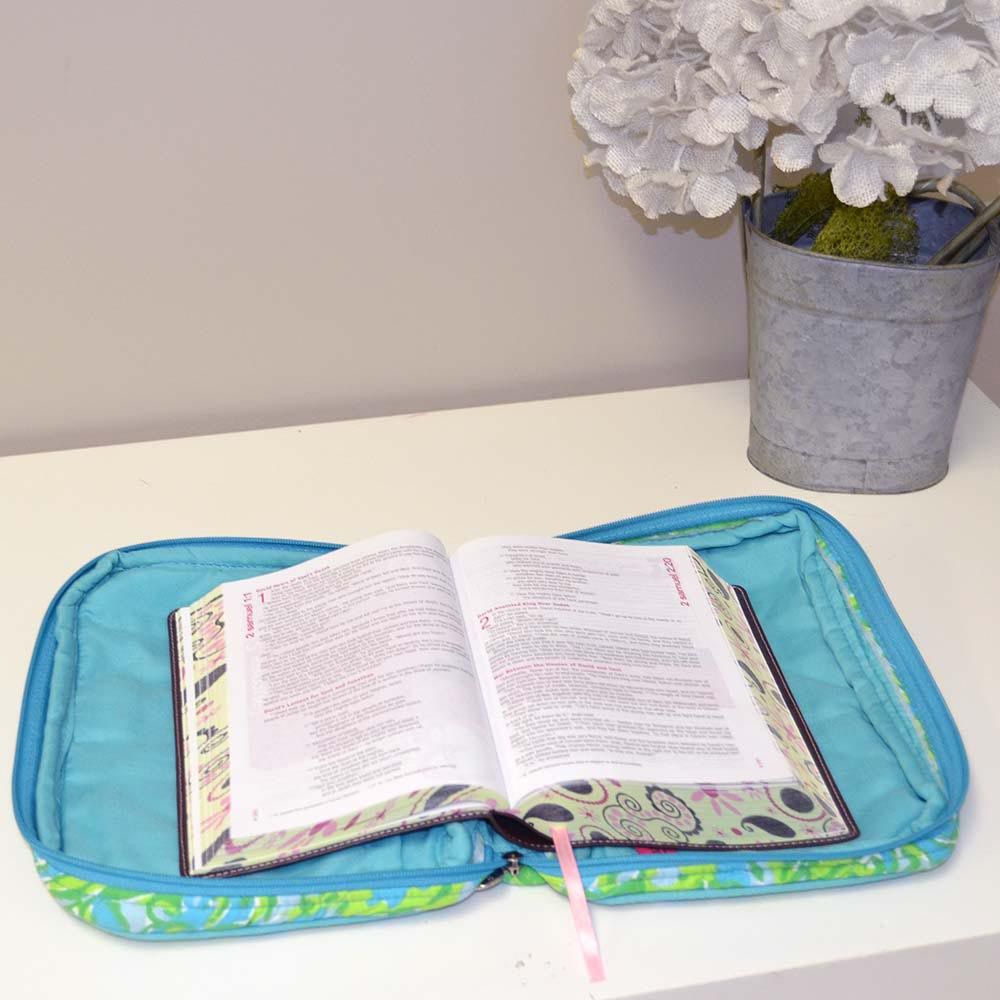 crocodile rock quilted bible cover