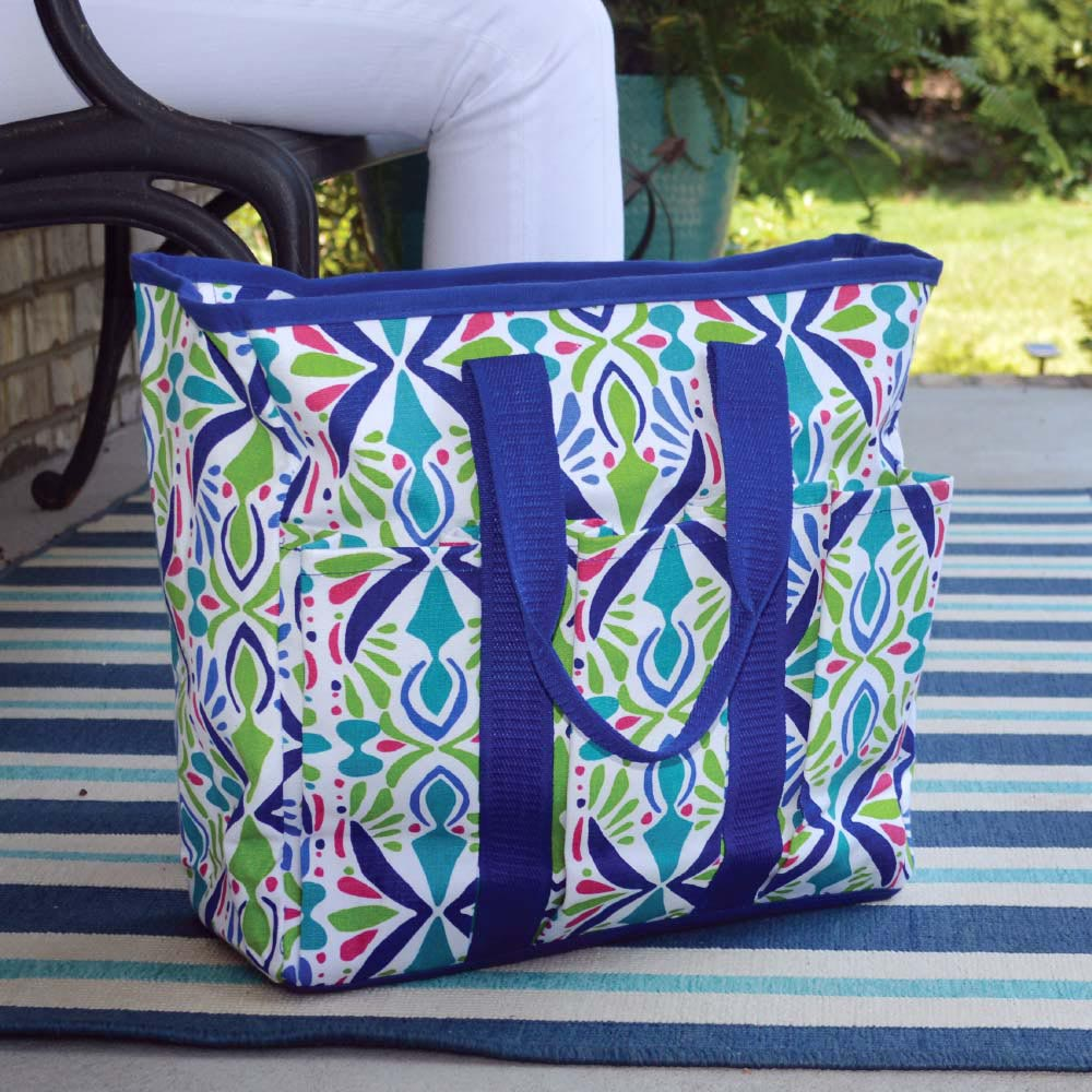 a little off tropic everyday tote