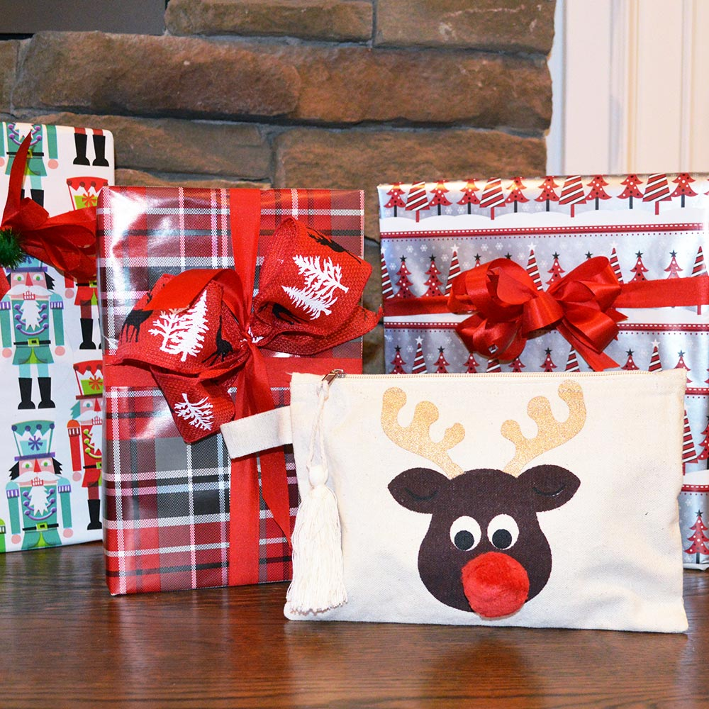 zipper bag printed reindeer pom pom