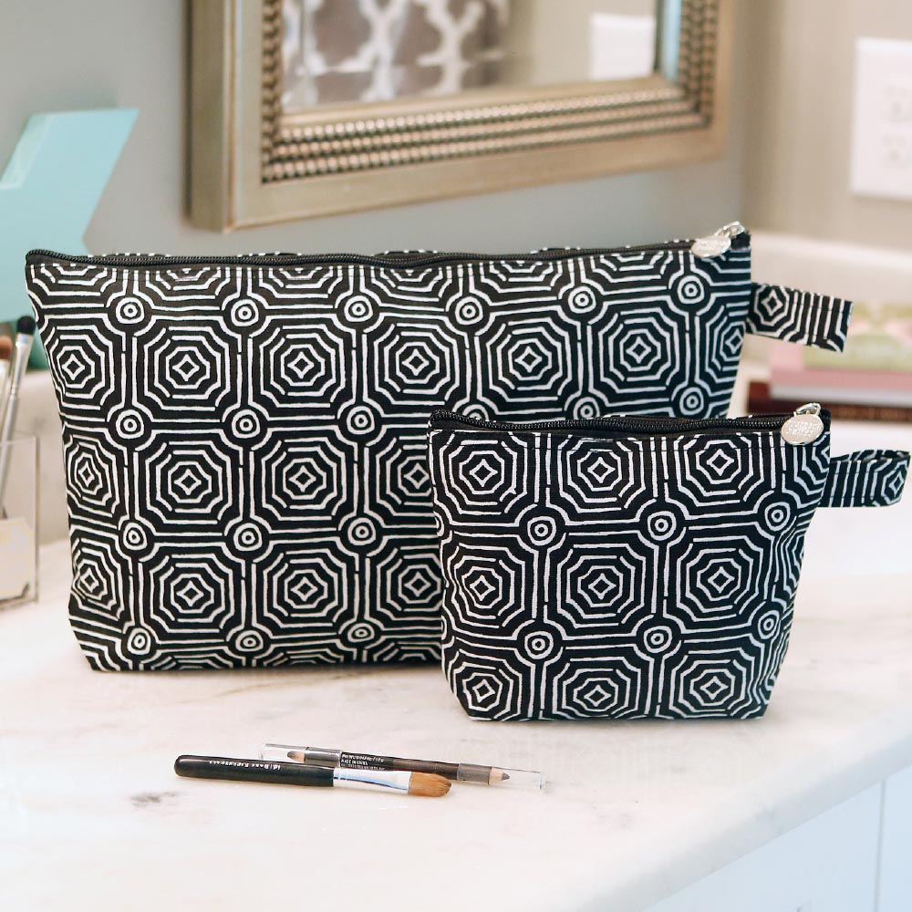 echo black zipper bag set